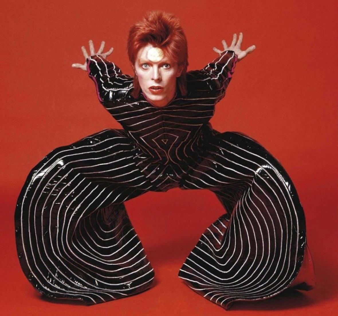 Strip-Me-post-David-Bowie-Ziggy