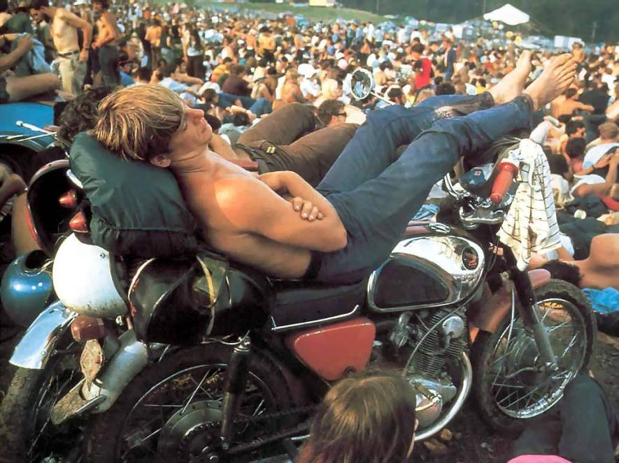 strip-me-camisetas-woodstock-11