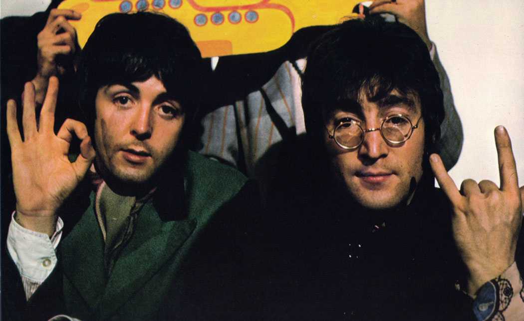 Paul McCartney e John Lennon em Yellow Submarine